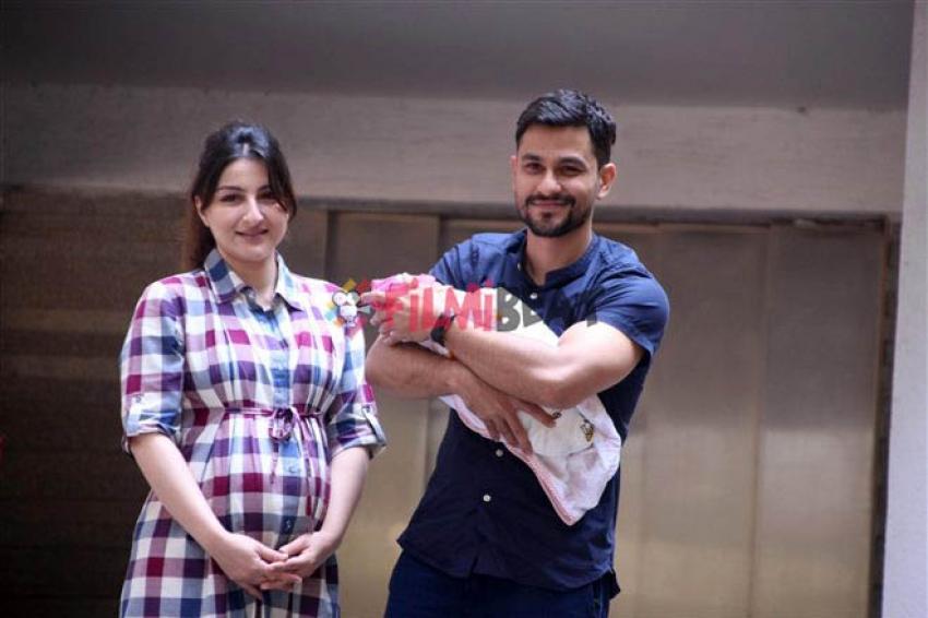 Soha Ali Khan, Kunal Kemmu Bring Baby Inaaya Khemu Home Photos
