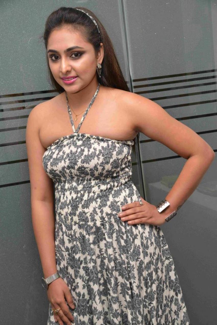 Vedasree Narayan Photos