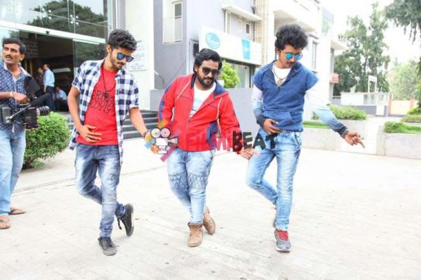 Gosi Gang Photos