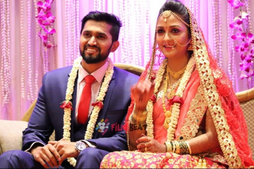 Kannada Actress Deepthi Kapse Marriage Photos