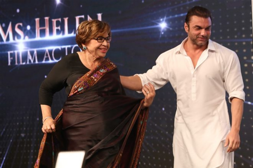 Celebs At Naaz Celebrations Of Women Achievers In New Delhi Photos