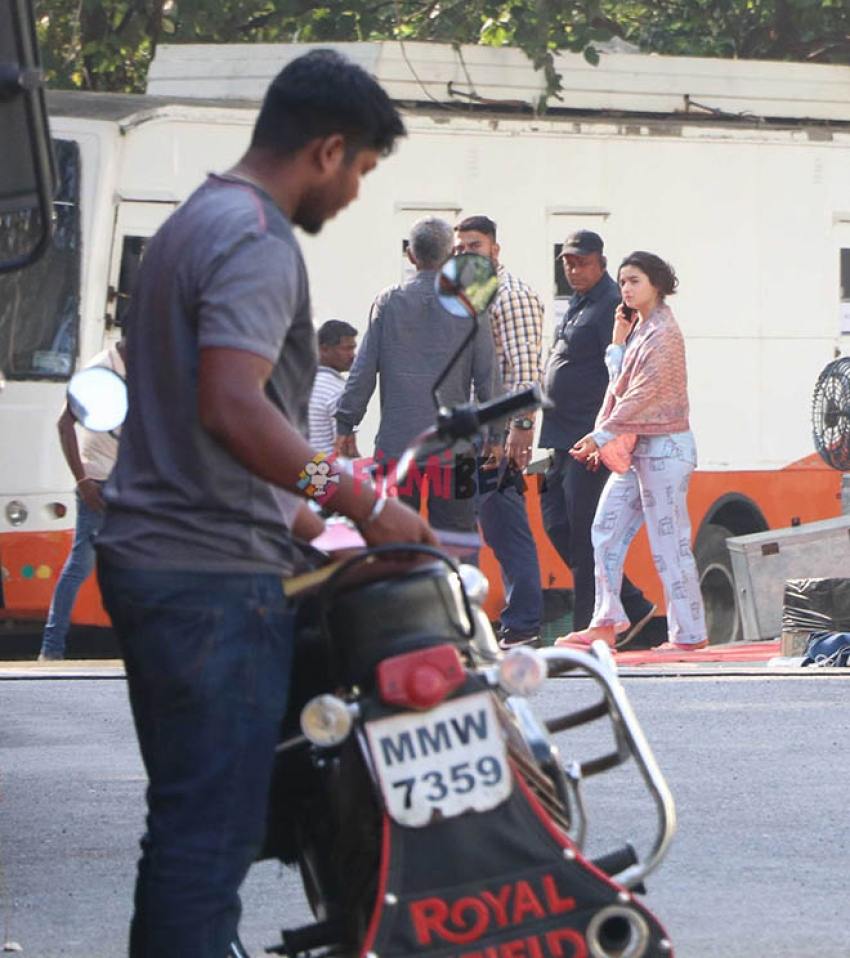 Exclusive Alia Spotted At An Ad Shoot In Mumbai Photos