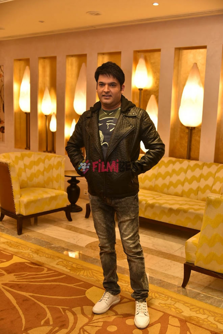 Kapil Sharma Promotes Firangi In New Delhi Photos