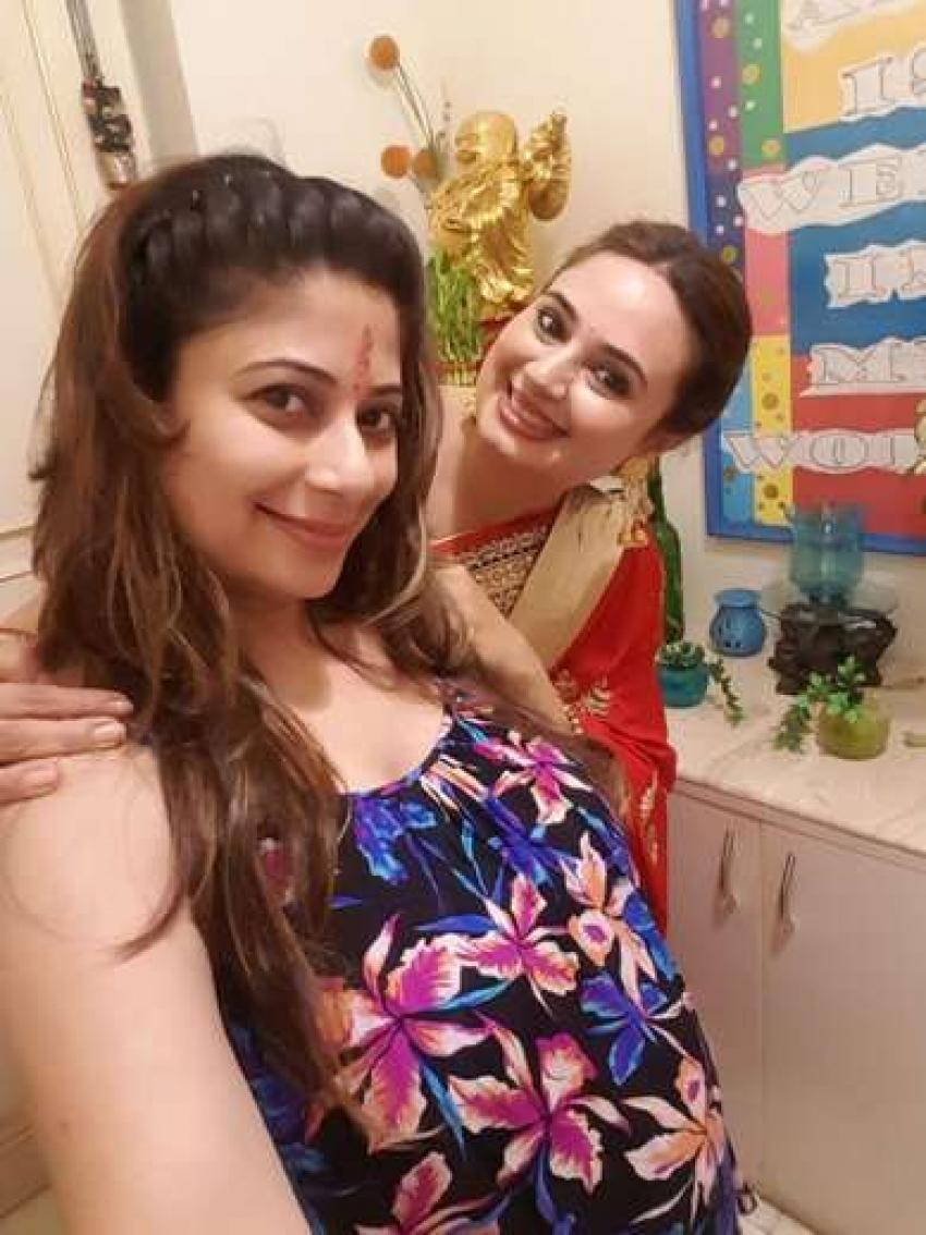 Malini Kapoor Expecting Her Child Photoshoot Photos