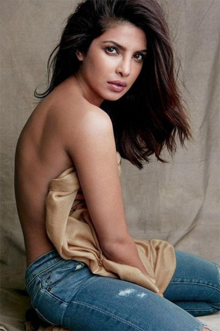 Priyanka Chopra Latest 2017 Hot Pics Photos