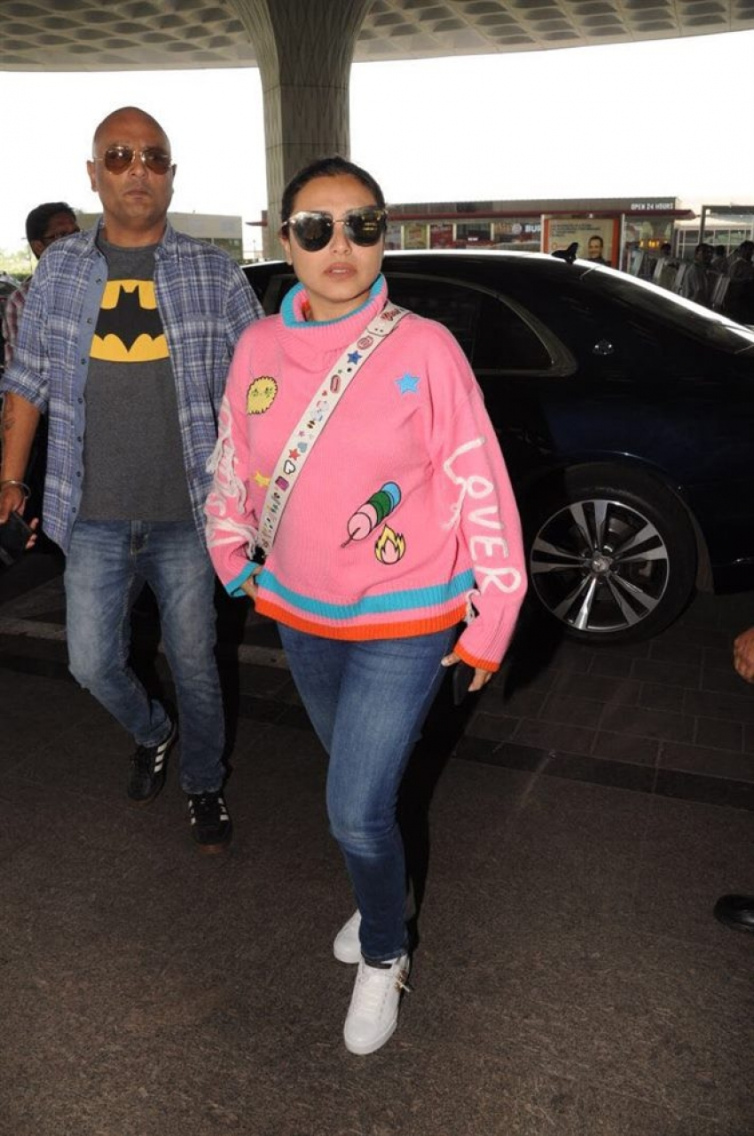 Rani Mukerji Spotted Leaving To London Photos