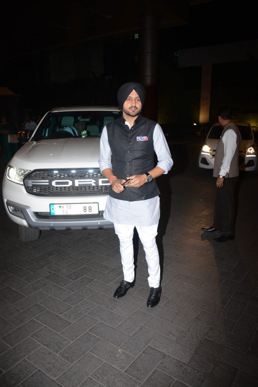 Sagarika Ghatge &  Zaheer Khan Wedding Reception Photos