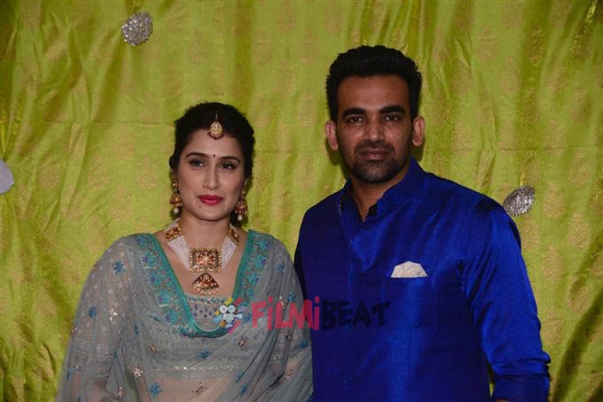 Sagarika Ghatge, Zaheer Khan's Mehendi Ceremony Photos