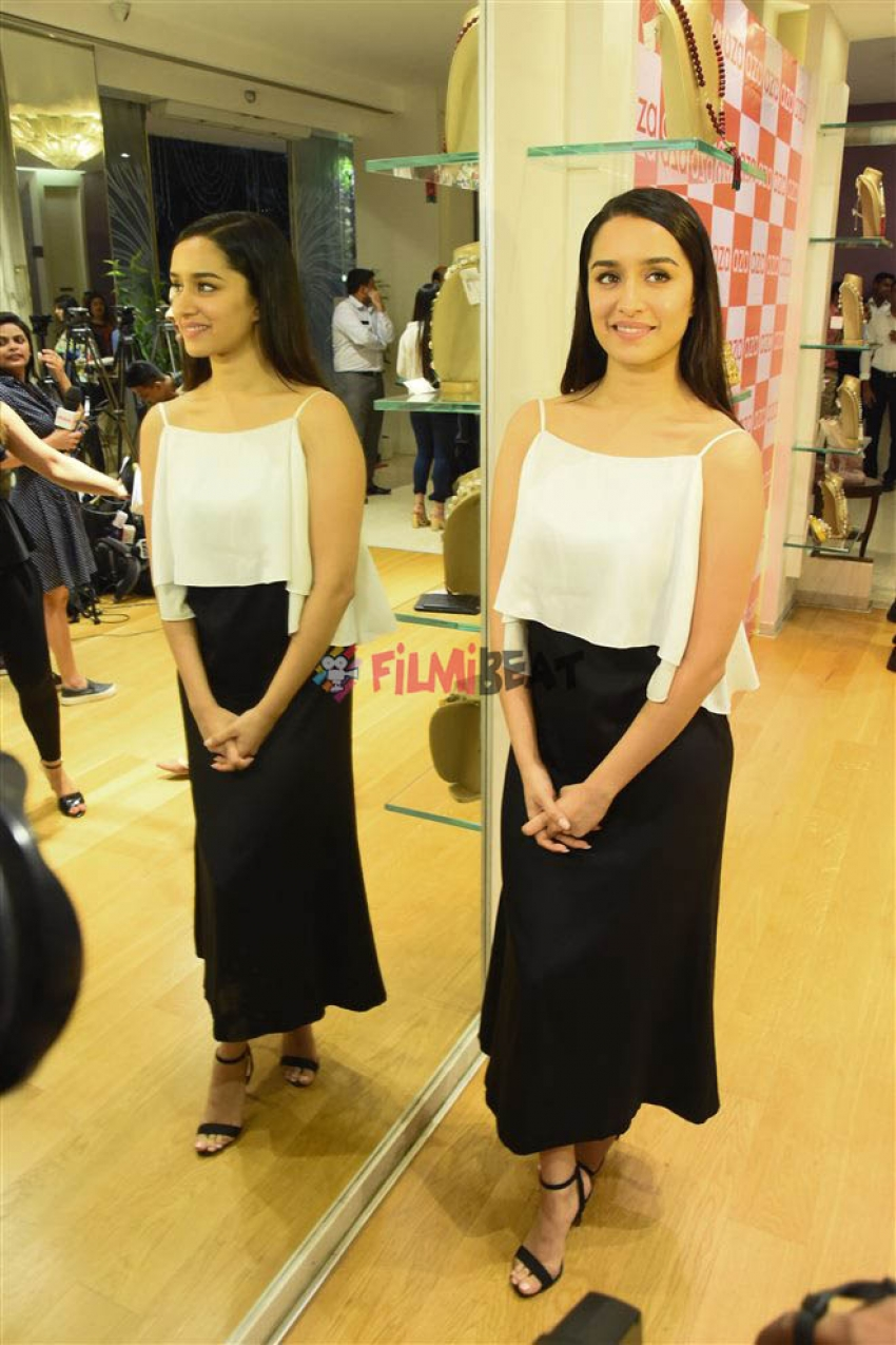 Shraddha Kapoor At Ankita Chokseys New Collection Launch Photos