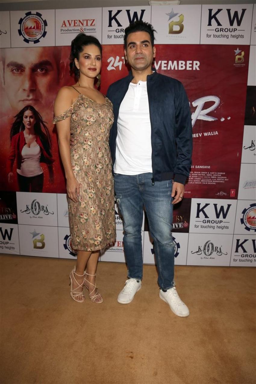 Sunny Leone & Arbaaz Khan At Press Meet For Tera Intezaar In New Delhi Photos