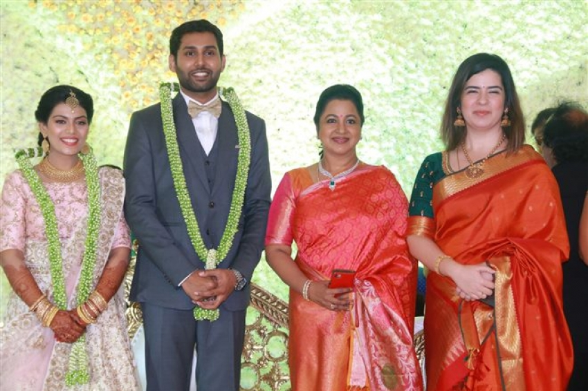Aadhav Weds Vinodhnie Reception Photos