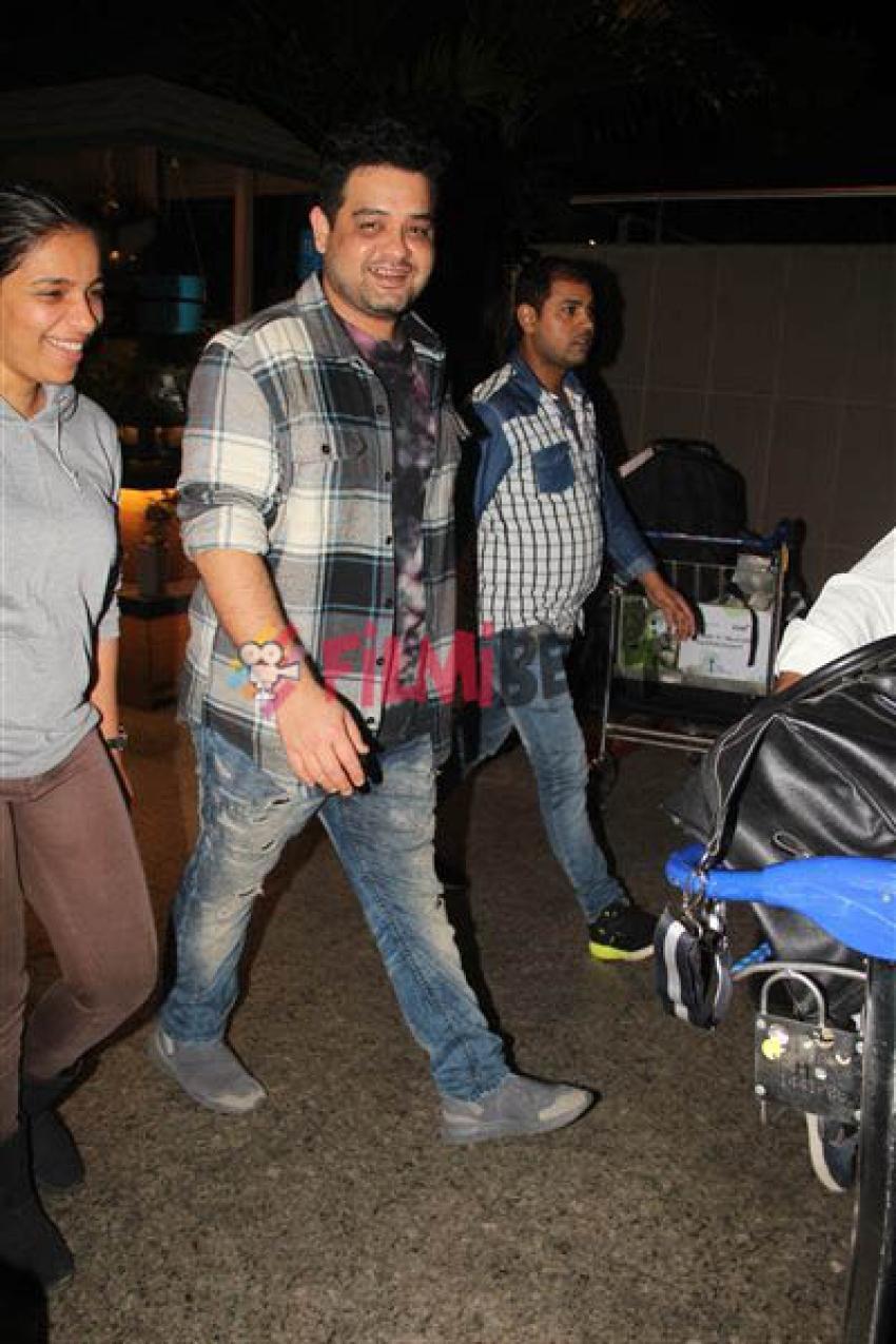 Anuskha Sharma Family Returns From Wedding Photos