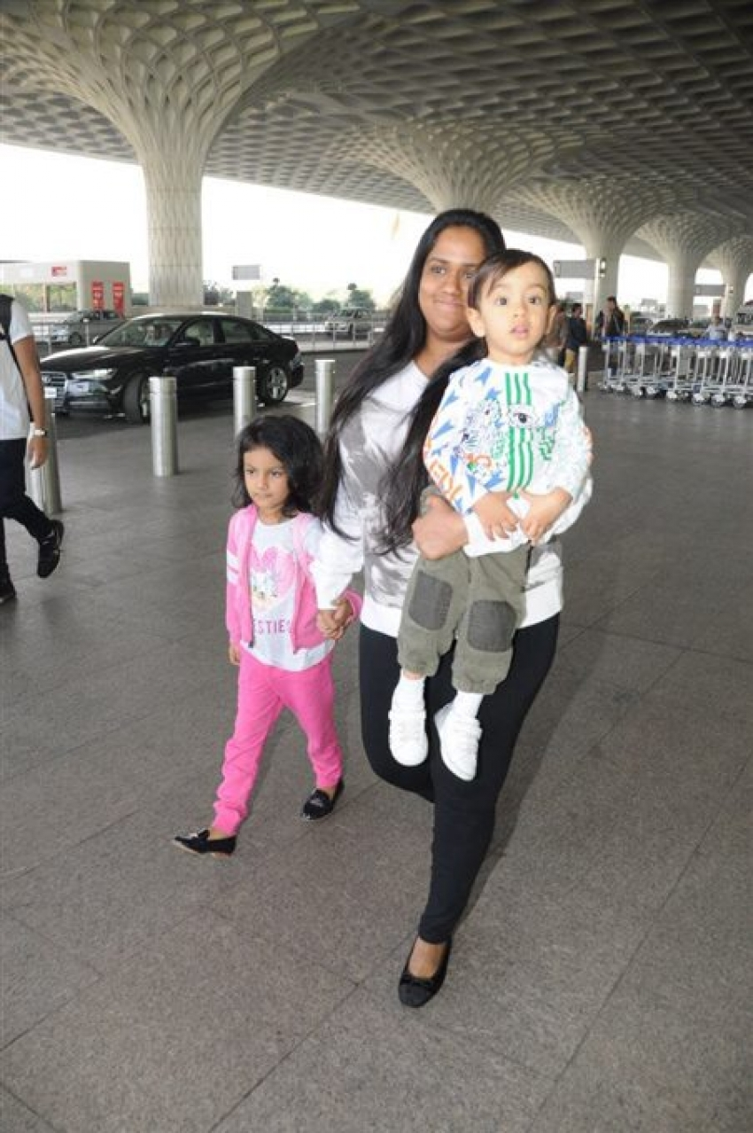 Arpita Khan Spotted With Her Son Ahil At Mumbai Airport Photos