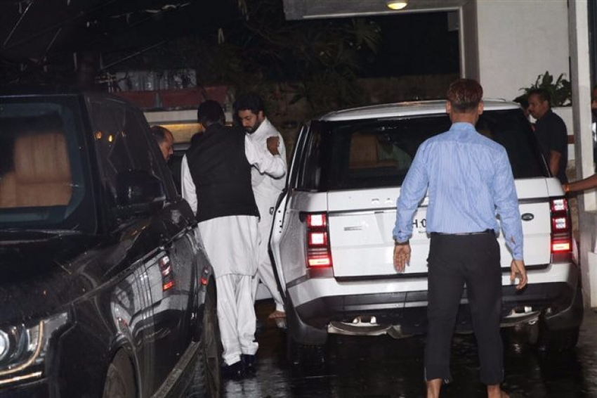 Bachchan Family Visit Shashi Kapoor House Photos