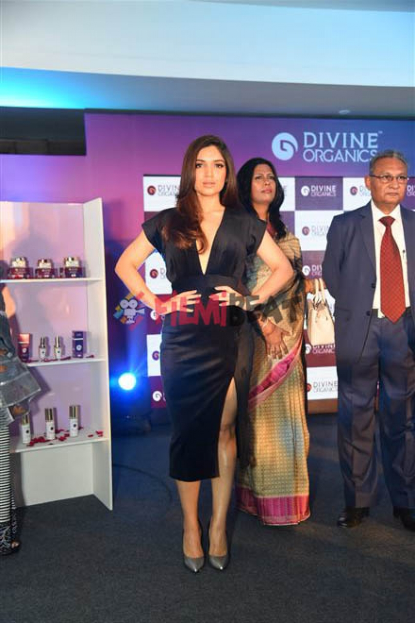 Bhumi Pendekar At Launch Of Skin Products By Divine Organic In New Delhi Photos