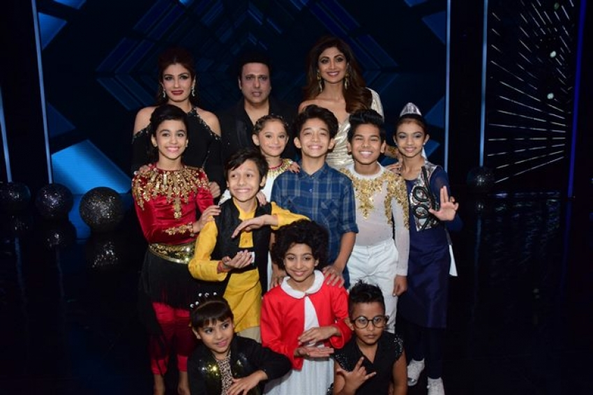 Govinda & Raveena Tandon Graced The Super Dancer 2 Reality Show Photos