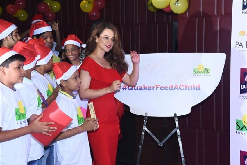 Kangana Ranaut Christmas 2017 Celebration With Smile Foundation Kids Photos