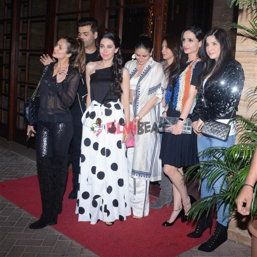 Kareena, Karisma, Amrita & Karan Johar At Malaika Arora House Party Photos
