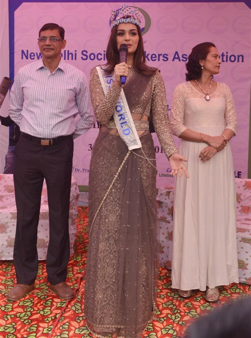 Manushi Chhillar During Parade Show At DRDO Complex Timarpur In Delhi Photos