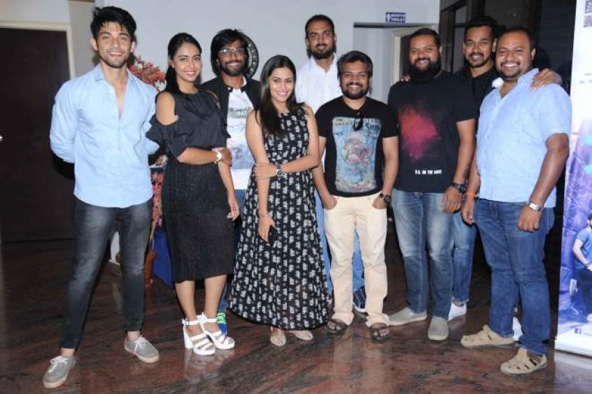 Onthara Bannagalu Press Meet Photos