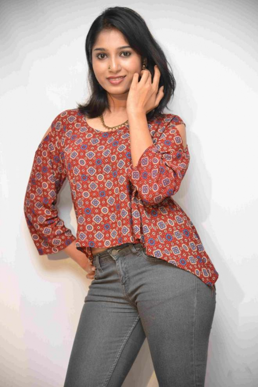 Pallavi Raju Photos