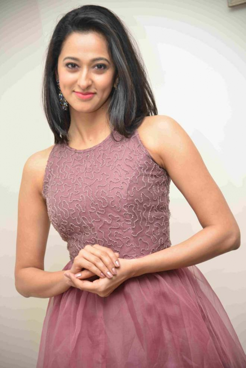 Radhika Chetan Photos