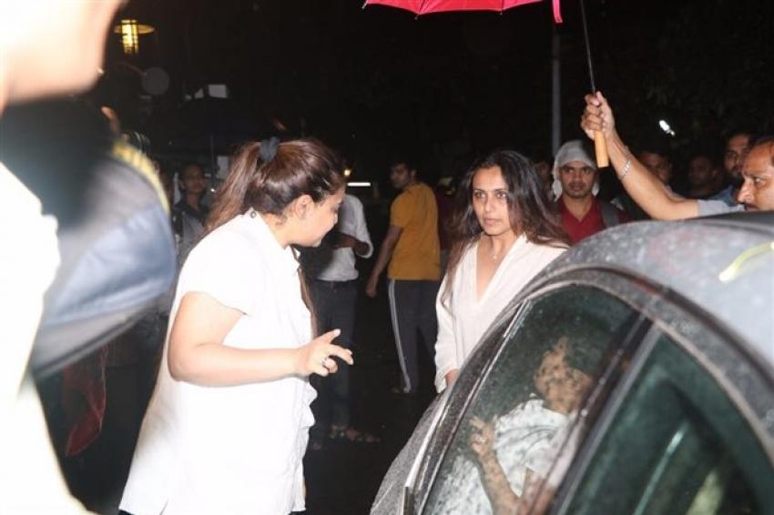Rani Mukherjee Visit Shashi Kapoor House Photos
