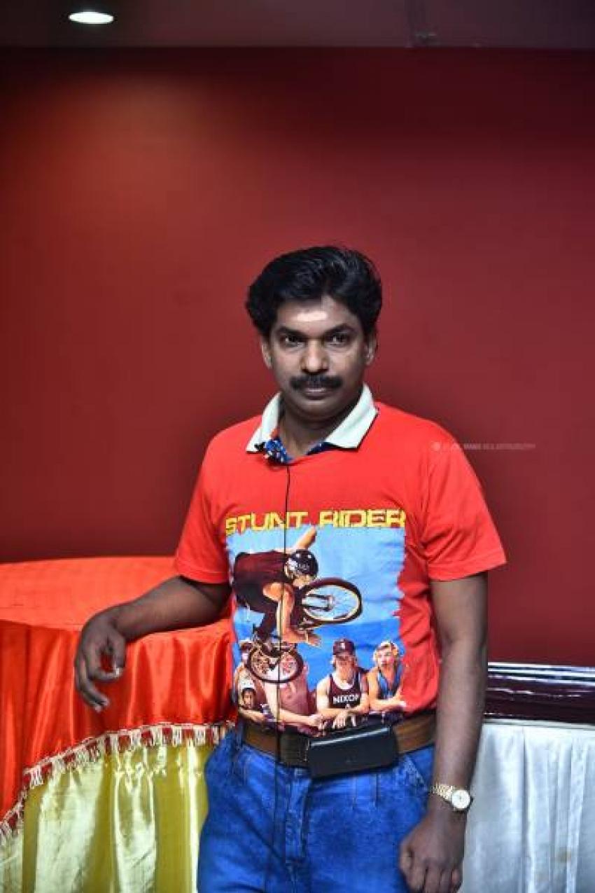 Santhosh Pandit Photos