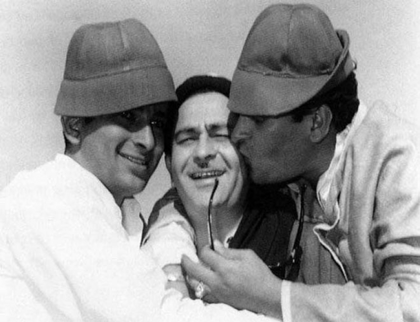 Shashi Kapoor Passes Away: These Unseen Pictures Of The Legendary Actor Photos