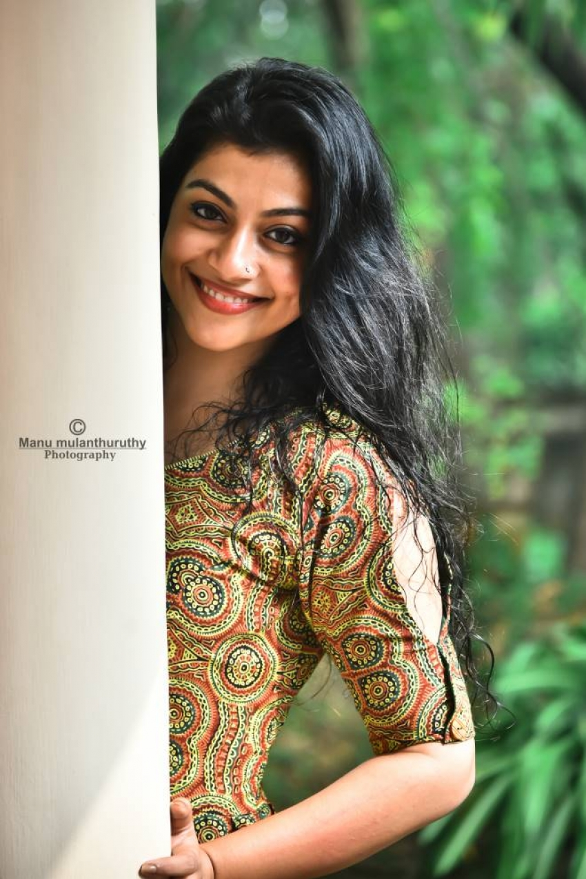 Shruthi Ramachandran Photos