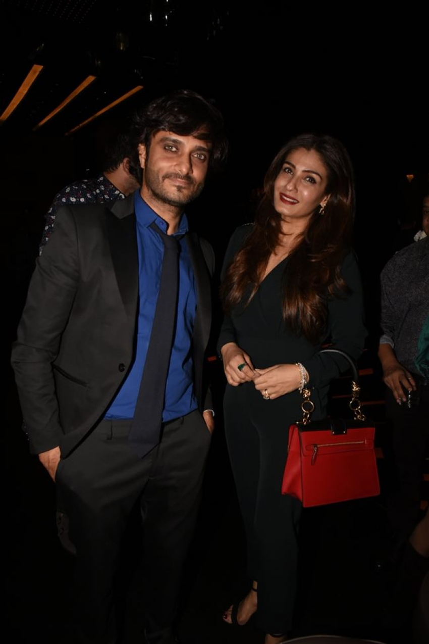 Raveena, Tusshar Kapoor & Rahul Bose At Tanuj Garg Birthday Bash Photos