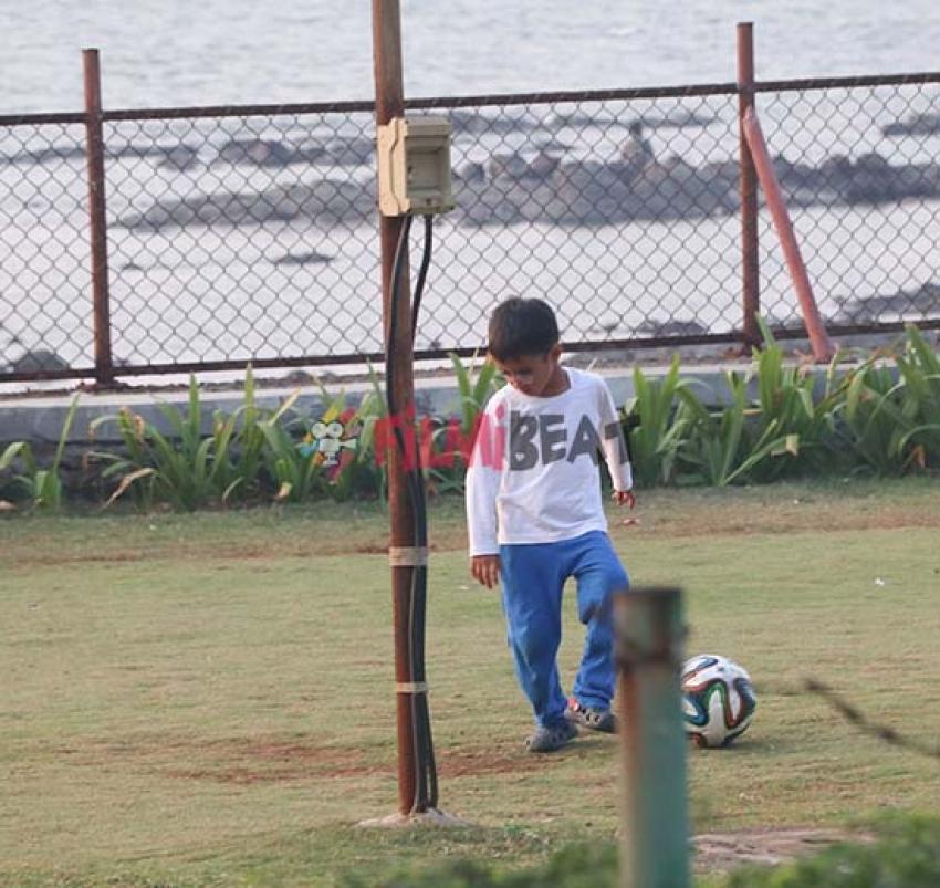 Aamir Khan Son Azad Playing Football At Bandra