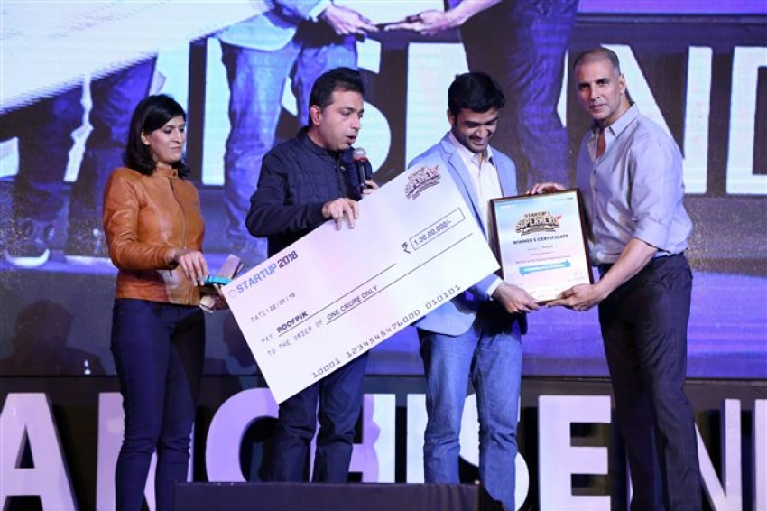 Akshay Kumar At Startup Carnival Franchise India In Partnership With Padman Photos