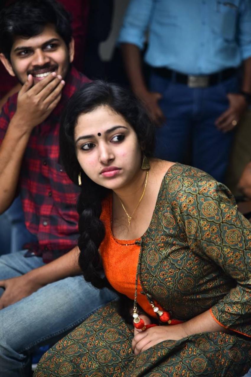 Anu Sithara Photos [HD]: Latest Images, Pictures, Stills of Anu Sithara -  FilmiBeat