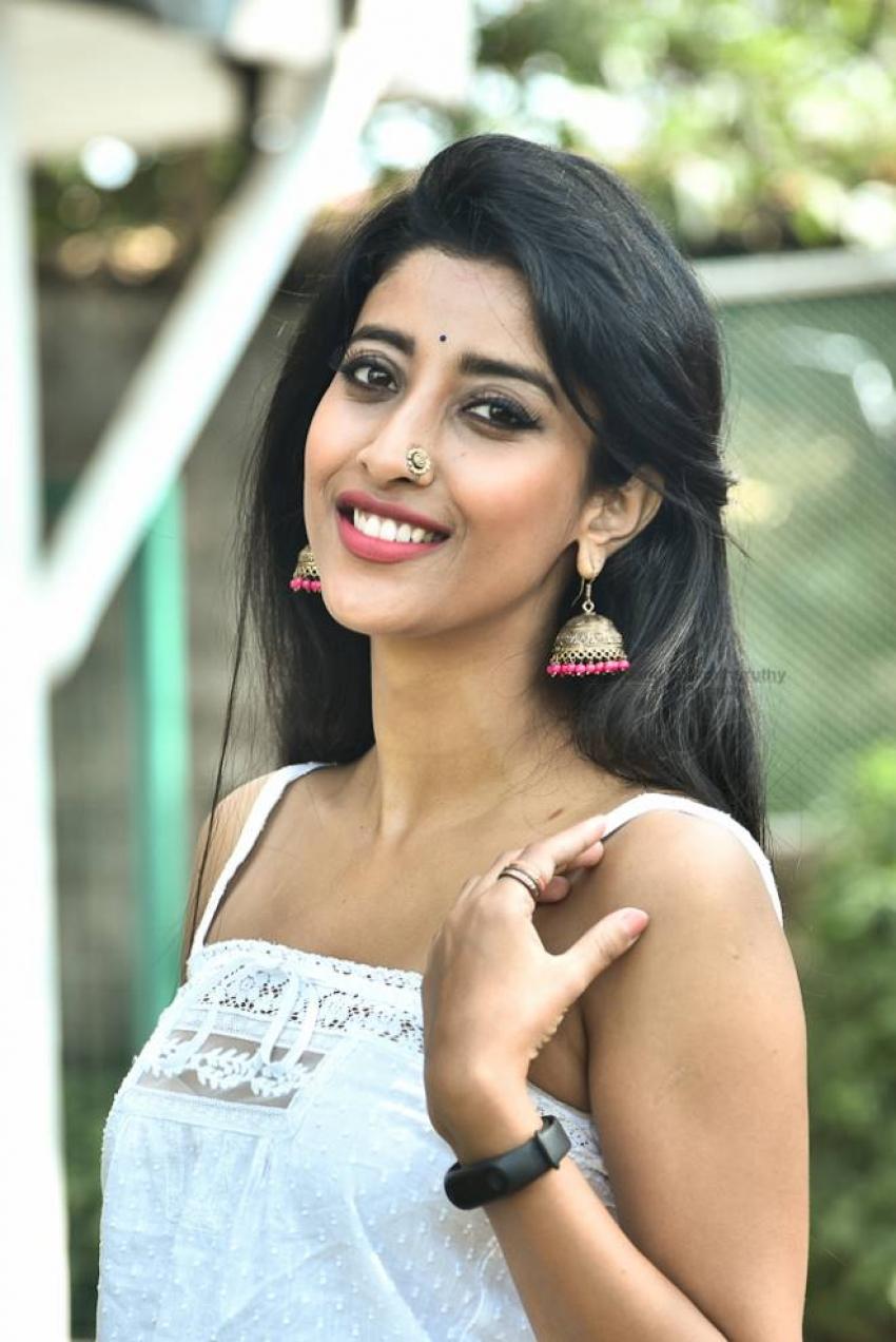 Ketaki Narayan Photos