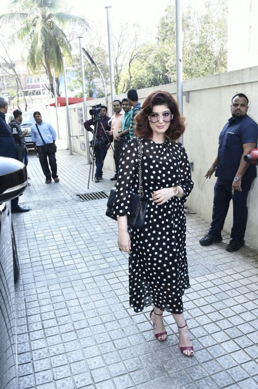 She's Ambassador Program Of Strong Iconic Ladies Sonam Kapoor & Twinkle Khanna Photos