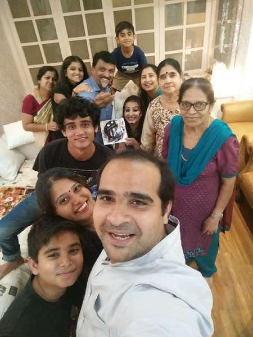Shilpa Shinde Bigg Boss 11 Contest Family Photos