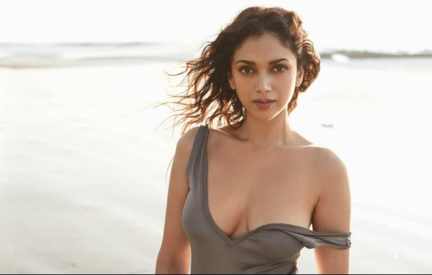 Aditi Rao Hydari Hot Photos