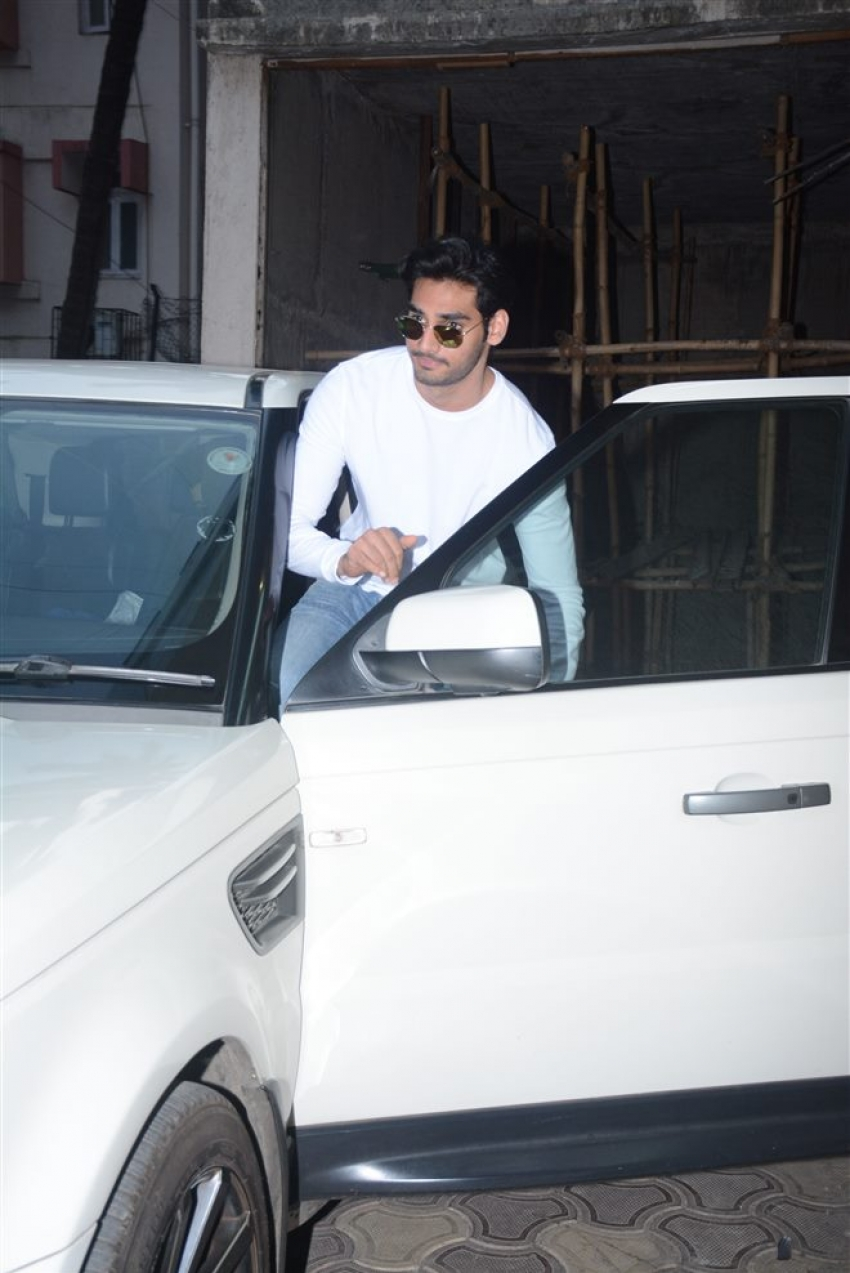 Ahan Shetty Spotted At Clinic Bandra Photos