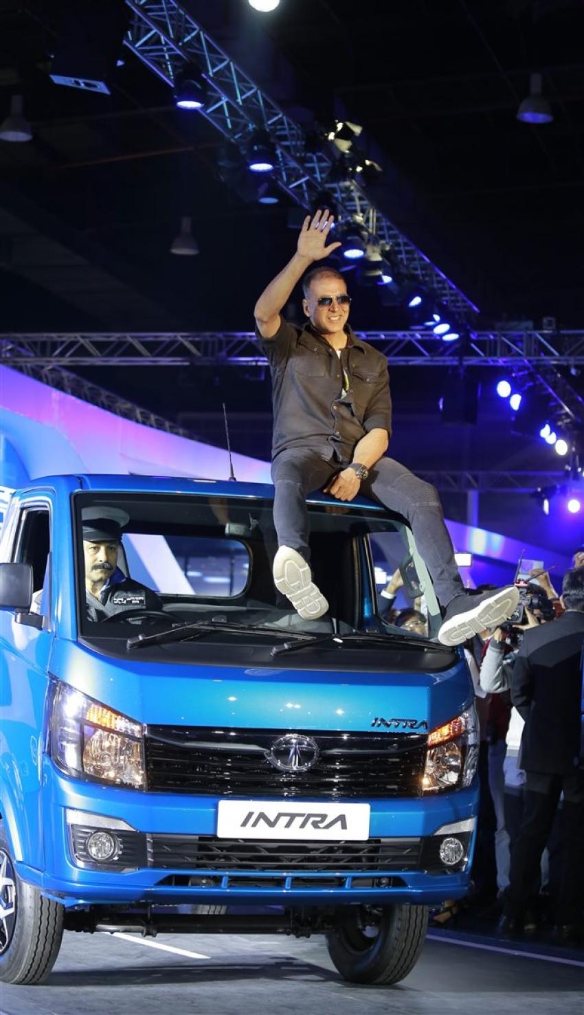 Akshay Kumar At Auto Expo 2018 In Noida Photos