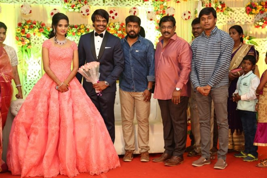 Esakki Kishore & Chandra Roshini Wedding Reception Photos