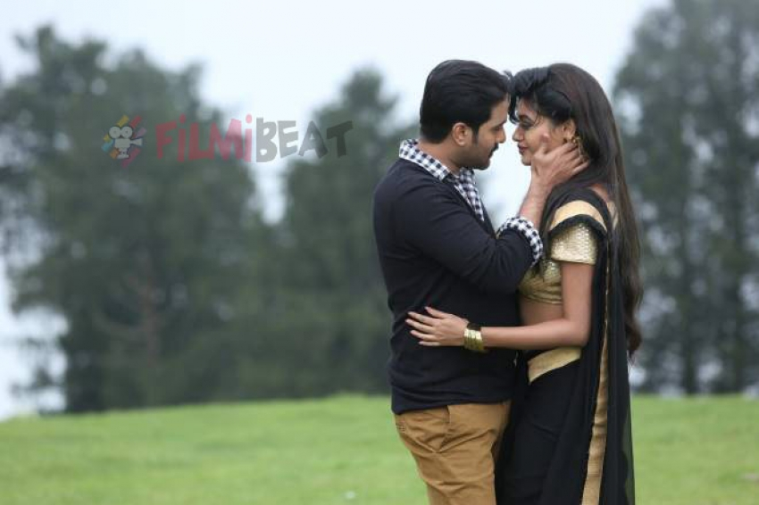 Idi Naa Love Story Photos