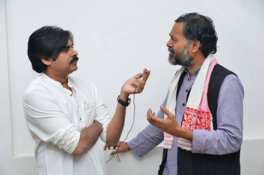 Janasena Party Cheif Pawan kalyan Met Yogedra Yadav Photos