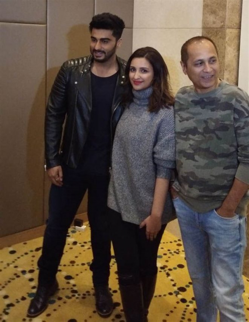 Parineeti Chopra and Arjun Kapoor At Golden Temple Photos