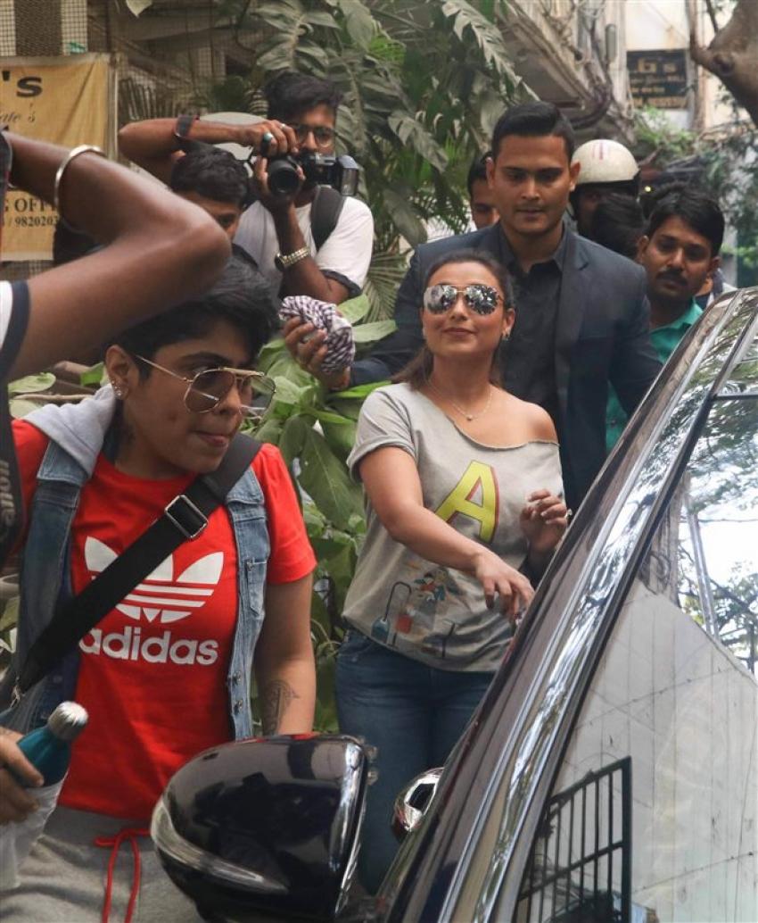Rani Mukerji Spotted At Anupama Chopra's Show Cuckoo Club Photos
