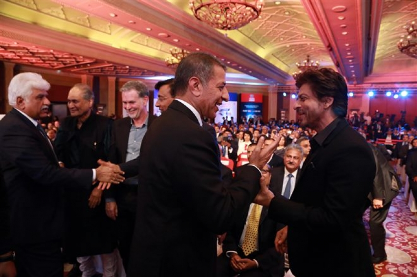 Shah Rukh Khan With Donald Trump Jr. And Other Business Leaders In New Delhi Photos