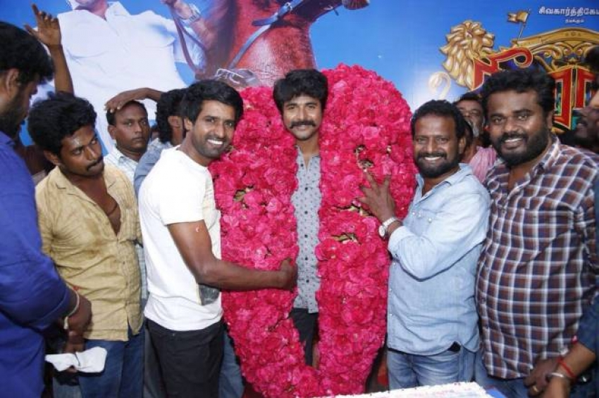 Siva karthikeyan Birthday Celebrations On The Sets Of Seemaraja Photos