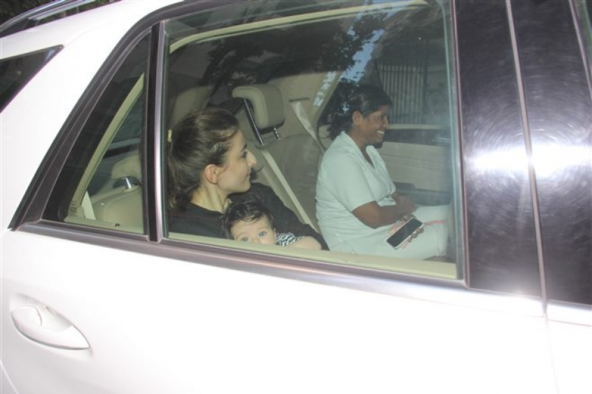 Soha Ali Khan With Inaaya Spotted At Bandra Photos