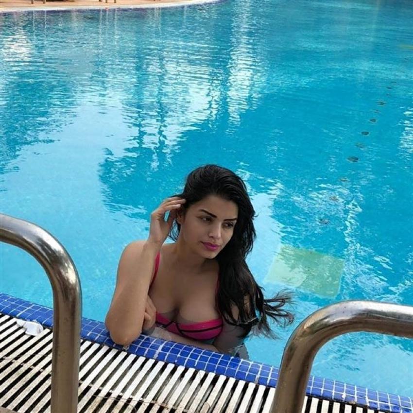 Sonali Raut Photos
