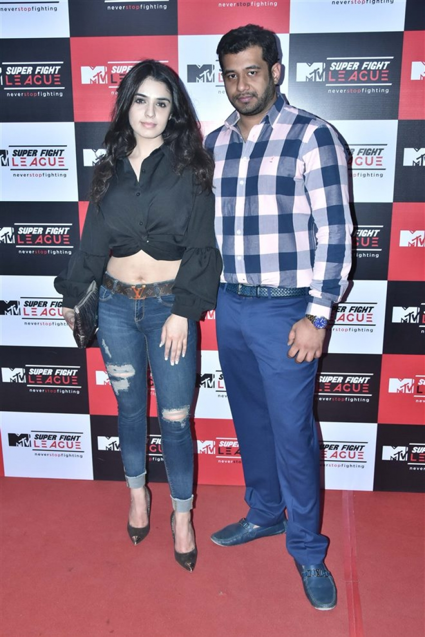 Sonu Ke Titu Ki Sweety Starcast Visit Super Fight League Photos